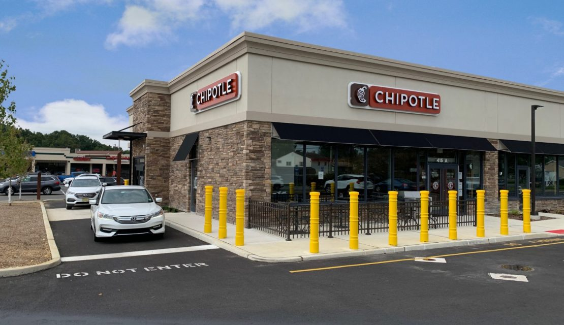 Chipotle Mexican Grill Celebrates Grand Opening at Washington Center Shoppes